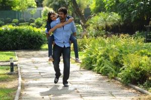 Arulnidhi, Ashrita Shetty in Oru Kanniyum Moonu Kalavanigalum Movie Stills
