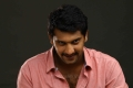 Actor Arulnidhi in Oru Kanniyum Moonu Kalavanigalum Movie Stills