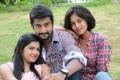 Ashrita Shetty, Arulnidhi, Bindu Madhavi in Oru Kanniyum Moonu Kalavanigalum Movie Stills