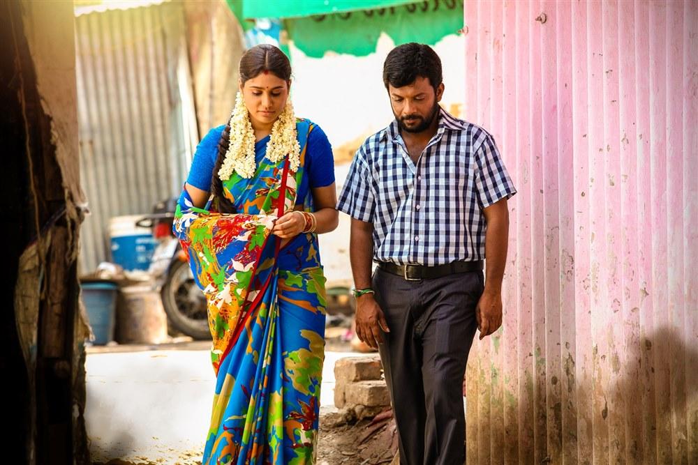 Manisha Yadhav, Dinesh Master in Oru Kuppai Kathai Movie Photos
