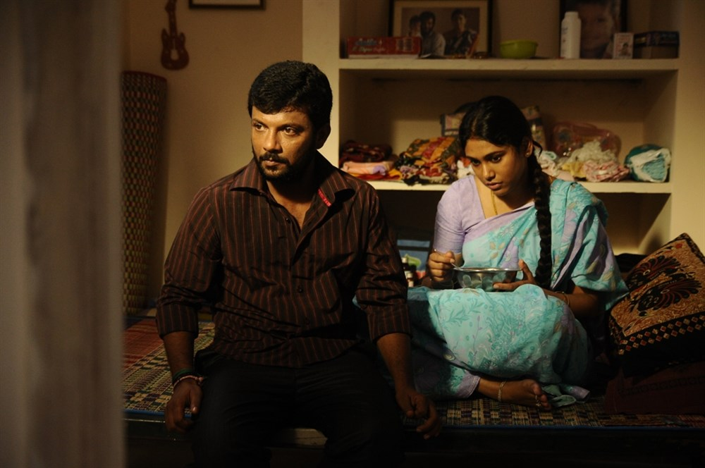 Dinesh Master, Manisha Yadhav in Oru Kuppai Kathai Movie Photos