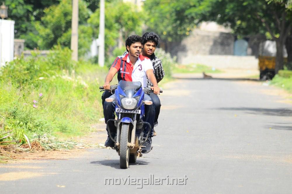 Picture 347179   Oruvar Meethu Iruvar Sainthu Movie Stills ...Oruvar Meethu Iruvar Sainthu Poster