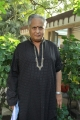 Actor Visu at Oruvar Meethu Iruvar Sainthu Press Meet Stills