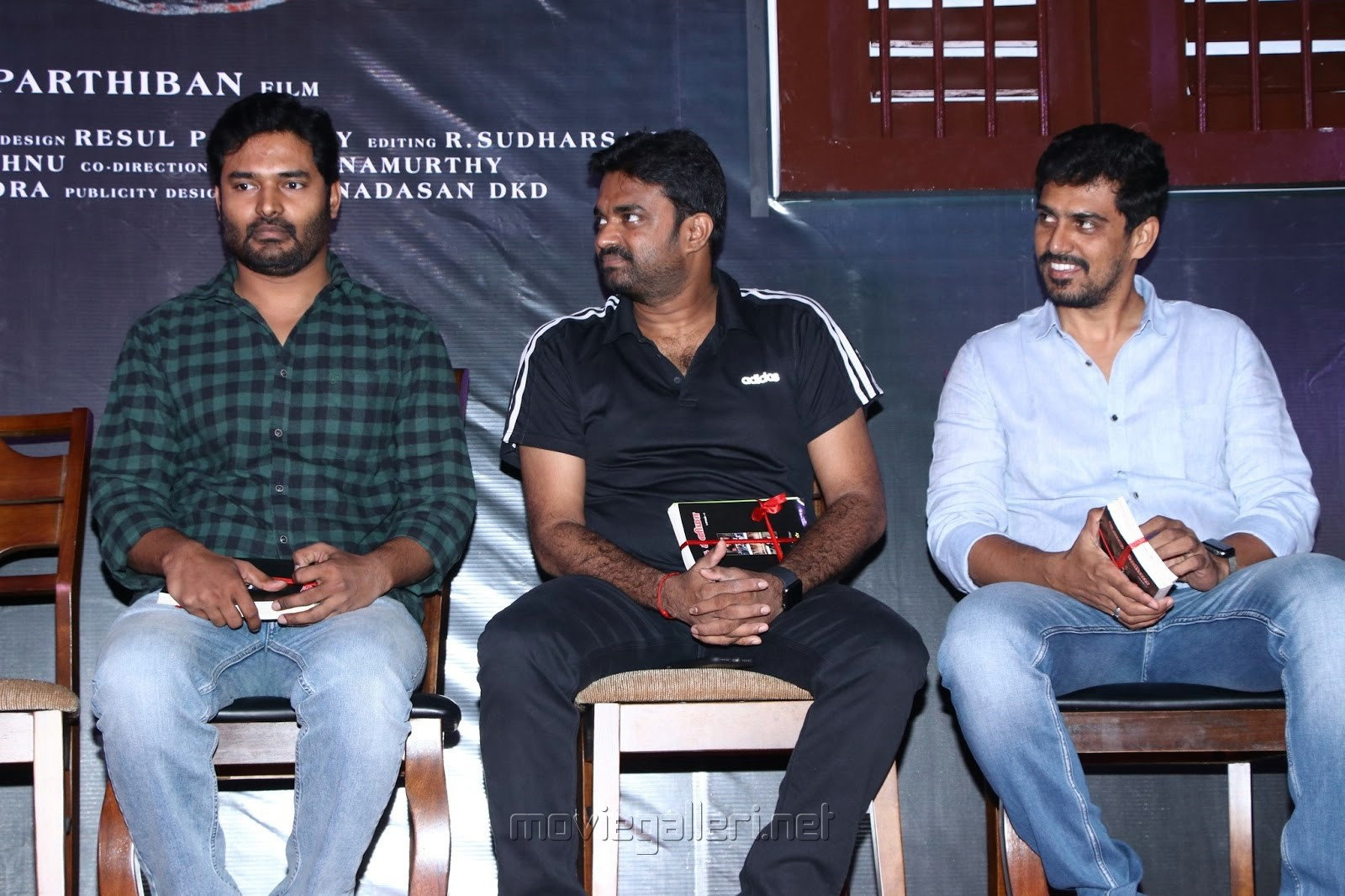 Naveen, AL Vijay, SR Prabhu @ Oththa Seruppu Movie Audio Launch Stills