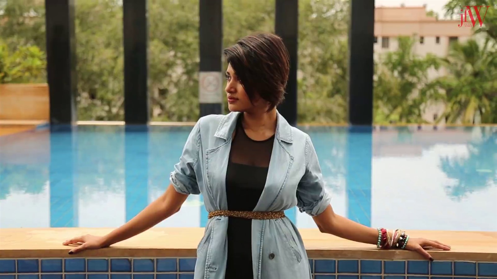 Actress Oviya Helen JFW Magazine Photoshoot Pics