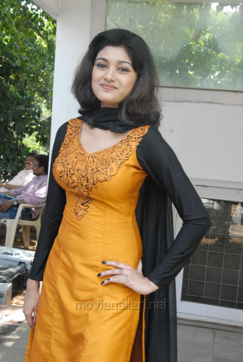 Sexy girl salwar kameez