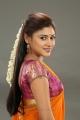 Actress Oviya Hot in Oviyava Vitta Yaaru Seeni Movie Stills