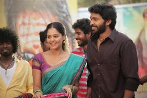 Bindu Madhavi, Vikram Prabhu in Pakka Movie Images HD