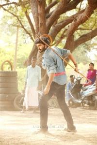 Hero Vikram Prabhu in Pakka Movie New Pics HD