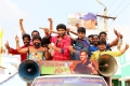 Vikram Prabhu, Sathish in Pakka Movie Stills
