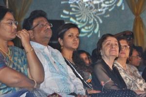 Kiruthiga Udhayanidhi at Palam Silkine Fashion Show 2012 Photos