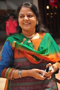 Palam Silks Chennai Express Meena Hunt Audition Stills