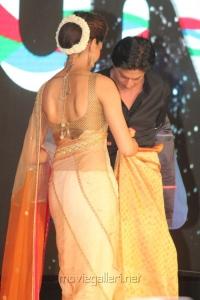 Deepika Padukone, Shahrukh Khan @ Chennai Express Meena Hunt Grand Finale Photos
