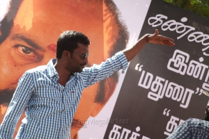 Director Suseenthiran @ Pandiya Nadu Movie On Location Photos