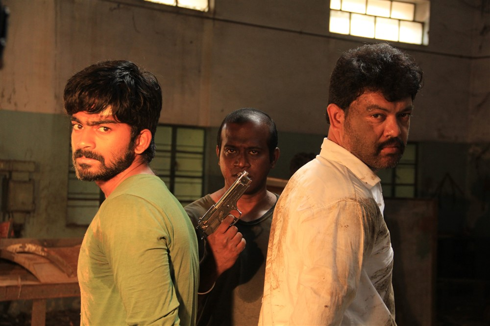 Nishanth, Vijay Sathya in Pandrikku Nandri Solli Movie Stills