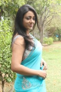 Actress Idhaya at Panivizhum Nilavu Audio Launch Stills