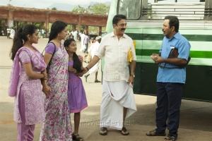 Kamal Hassan, Gauthami, Niveda Thomas, Esther Anil, Charlie in Papanasam Movie Stills