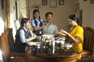 Niveda Thomas, Esther Anil, Kamal Hassan, Gauthami in Papanasam Movie Stills