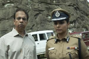 Anant Mahadevan,Asha Sarath in Papanasam Movie Stills