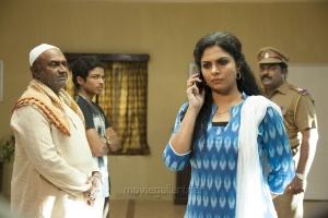 MS Baskar, Sree Ram, Asha Sarath, Aruldass in Papanasam Movie Stills