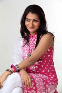 Parvathi Menon Latest Cute Photos
