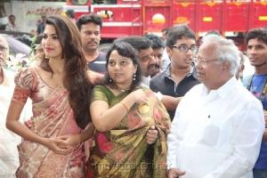 Actress Ms.Parvathy Omanakuttan Inaugurated Sri Palam Silk Sarees