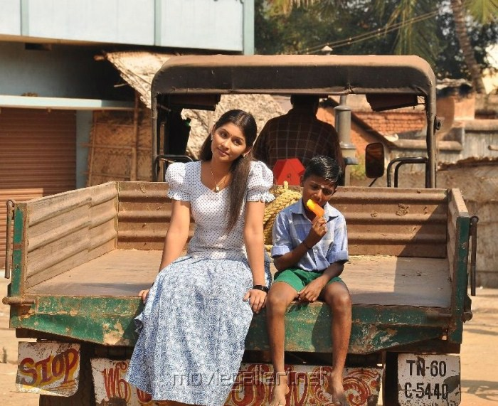 Potta Potti Movie Actress Harini Photos