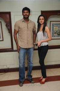 Vishal, Aishwarya Arjun @ Pattathu Yaanai Team Interview Photos