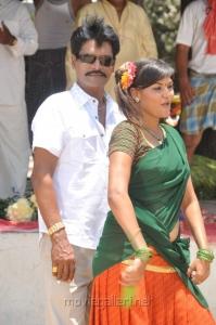 Pattikattu Mappillai Movie Stills