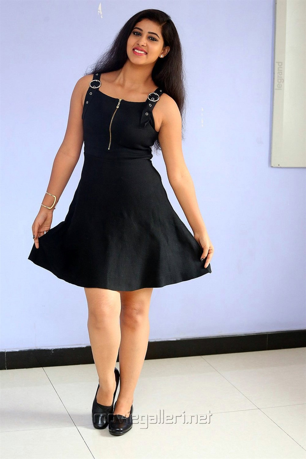 Mr Homanand Actress Pavani Hot Images in Black Dress