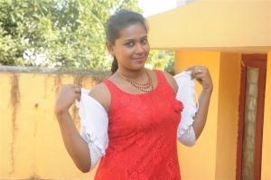 Bindu Roshni in Pei Irukka Illaya Movie Stills