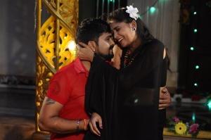 Amar, Jothisha in Pei Irukka Illaya Movie Stills