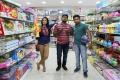 Nivetha Pethuraj, Bala Saravanan, Dinesh in Pelli Roju Movie Stills