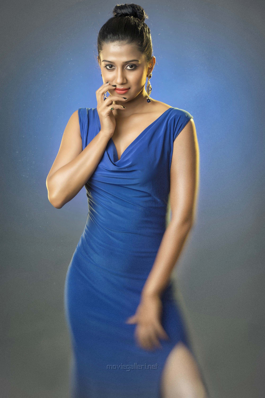 Perazhagi ISO Actress Shilpa Manjunath Photoshoot Stills HD