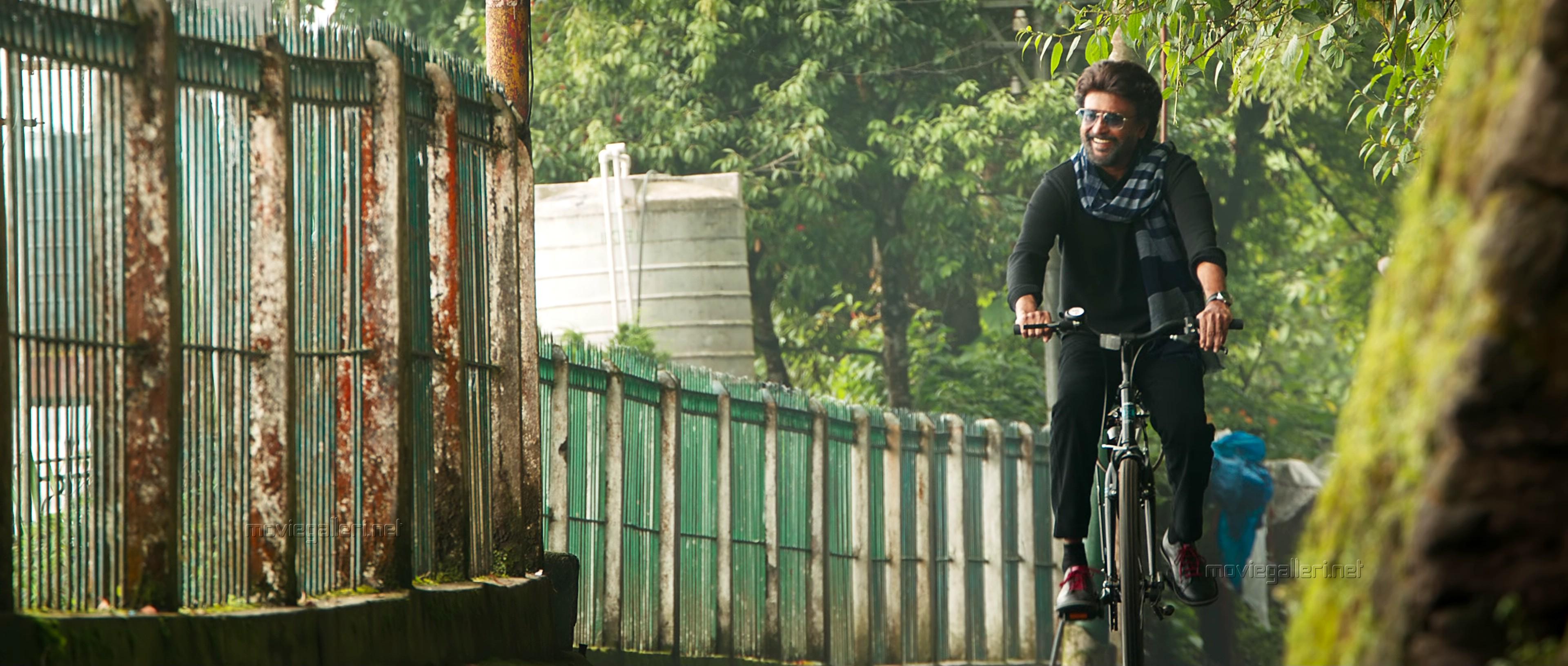 Petta Rajinikanth HD Images