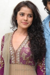Actress Piaa Bajpai Latest Hot Images