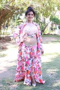 Actress Pia Bajpai Photos @ Abhiyum Anuvum Press Meet