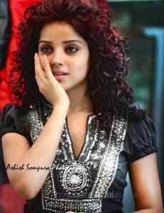 Actress Piaa Bajpai Portfolio Hot Photoshoot Images