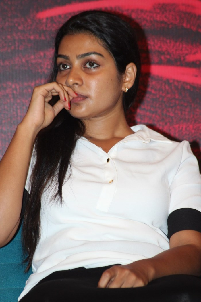 Actress Satna Titus @ Pichaikaran Movie Success Meet Photos