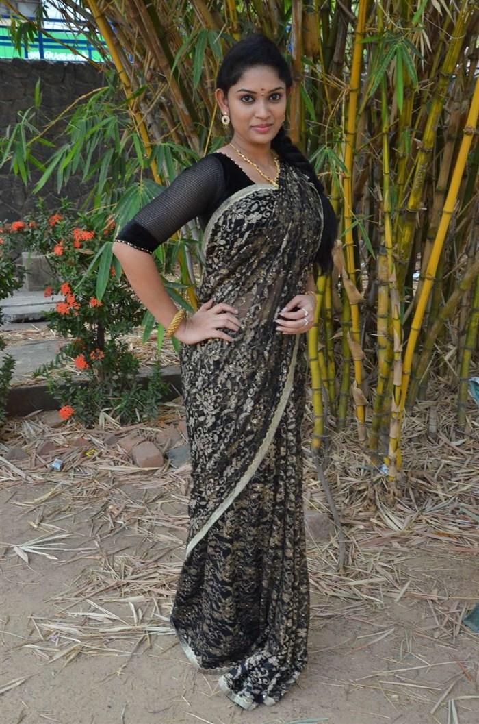Actress Sri Priyanka @ Pichuva Kaththi Audio Launch Stills