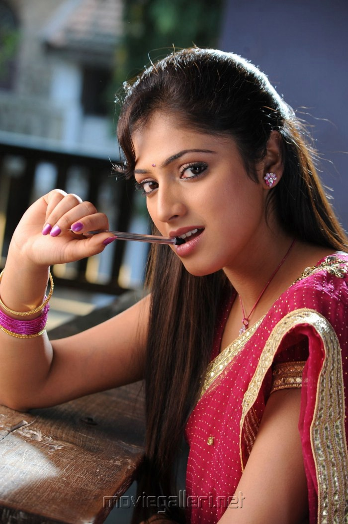 Haripriya Photos - Haripriya Photo Gallery | Veethi