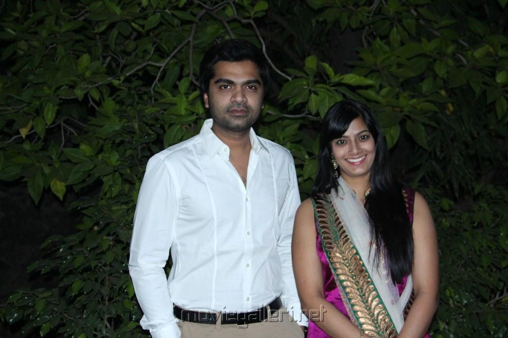 Simbu & Varalakshmi at Poda Podi Press Show Stills [ Gallery View ]
