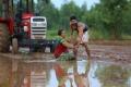 Lisa, Santhosh Prathap in Podhu Nalan Karudhi Movie Stills HD