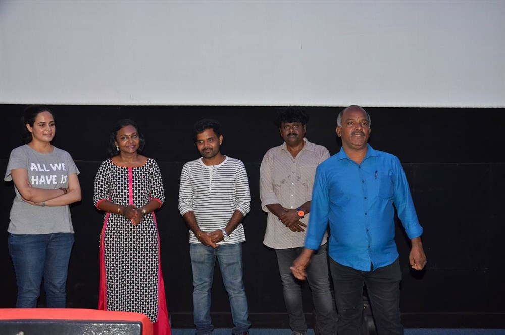 Podhuvaga En Manasu Thangam Movie Press Show Stills