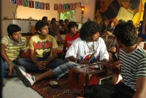 Ponmaalai Pozhudhu Photo Gallery