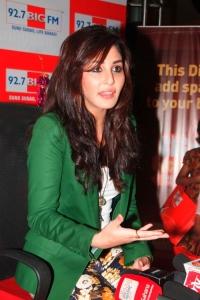 Pooja Chopra visits BIG FM 92.7 Studios for Diwali 2013 special show