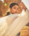 Actress Pooja Hegde New Photoshoot Pictures