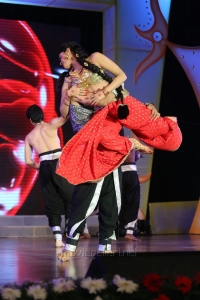 Pooja Kumar Dance Performance @ Uthama Villain Audio Launch