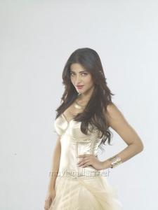 Actress Shruti Hassan in Poojai Movie Hot Stills