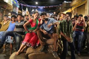 Hot Andrea Jeremiah, Vishal in Poojai Movie Stills